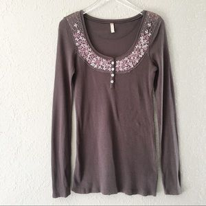 Free People Grey Floral Embroidered Thermal L